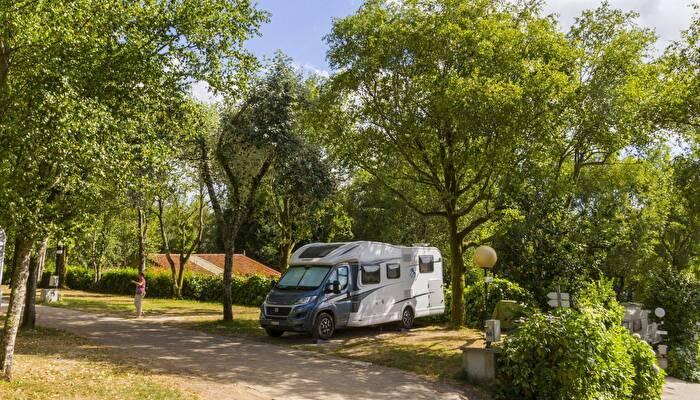 Campingplatz Santiago De Compostela Alle Campingplätze Und Alle Anbieter Auf Jetcamp Com